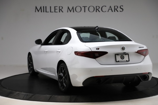 New 2020 Alfa Romeo Giulia Sport Q4 for sale $45,345 at Maserati of Westport in Westport CT 06880 5