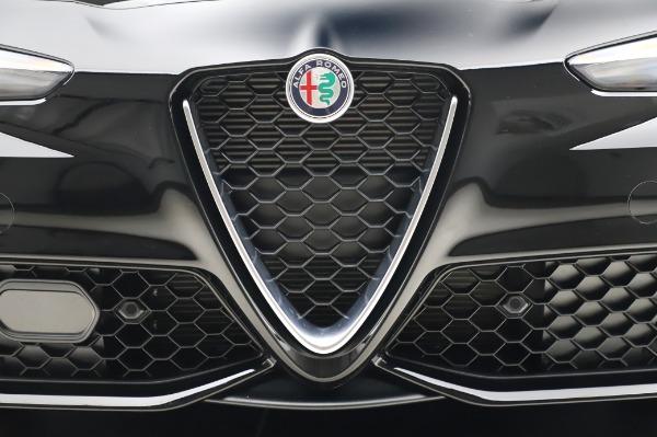 New 2020 Alfa Romeo Giulia Sport Q4 for sale $48,895 at Maserati of Westport in Westport CT 06880 13