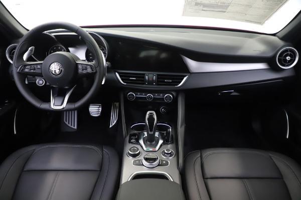 New 2020 Alfa Romeo Giulia Sport Q4 for sale $48,895 at Maserati of Westport in Westport CT 06880 19
