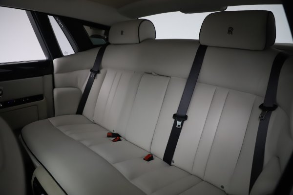 Used 2014 Rolls-Royce Phantom for sale $219,900 at Maserati of Westport in Westport CT 06880 21