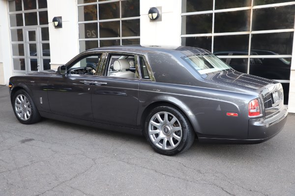 Used 2014 Rolls-Royce Phantom for sale $219,900 at Maserati of Westport in Westport CT 06880 9