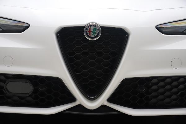 New 2020 Alfa Romeo Giulia Ti Sport Q4 for sale $46,495 at Maserati of Westport in Westport CT 06880 13