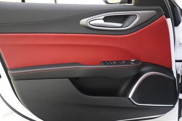 New 2020 Alfa Romeo Giulia Ti Sport Q4 for sale $46,495 at Maserati of Westport in Westport CT 06880 21