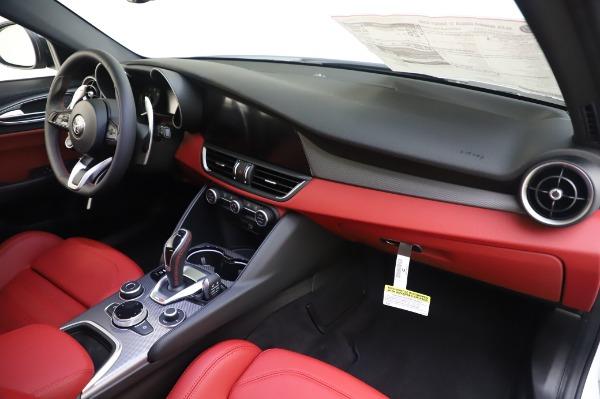 New 2020 Alfa Romeo Giulia Ti Sport Q4 for sale $46,495 at Maserati of Westport in Westport CT 06880 24