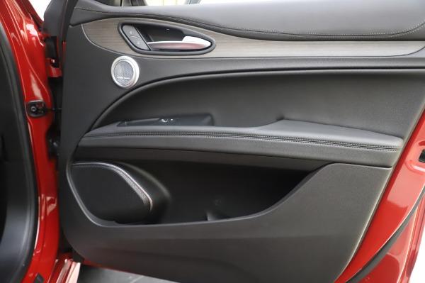New 2020 Alfa Romeo Stelvio Ti Lusso Q4 for sale Sold at Maserati of Westport in Westport CT 06880 27