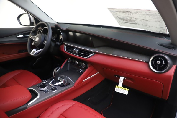 New 2020 Alfa Romeo Stelvio Ti Lusso Q4 for sale Sold at Maserati of Westport in Westport CT 06880 25