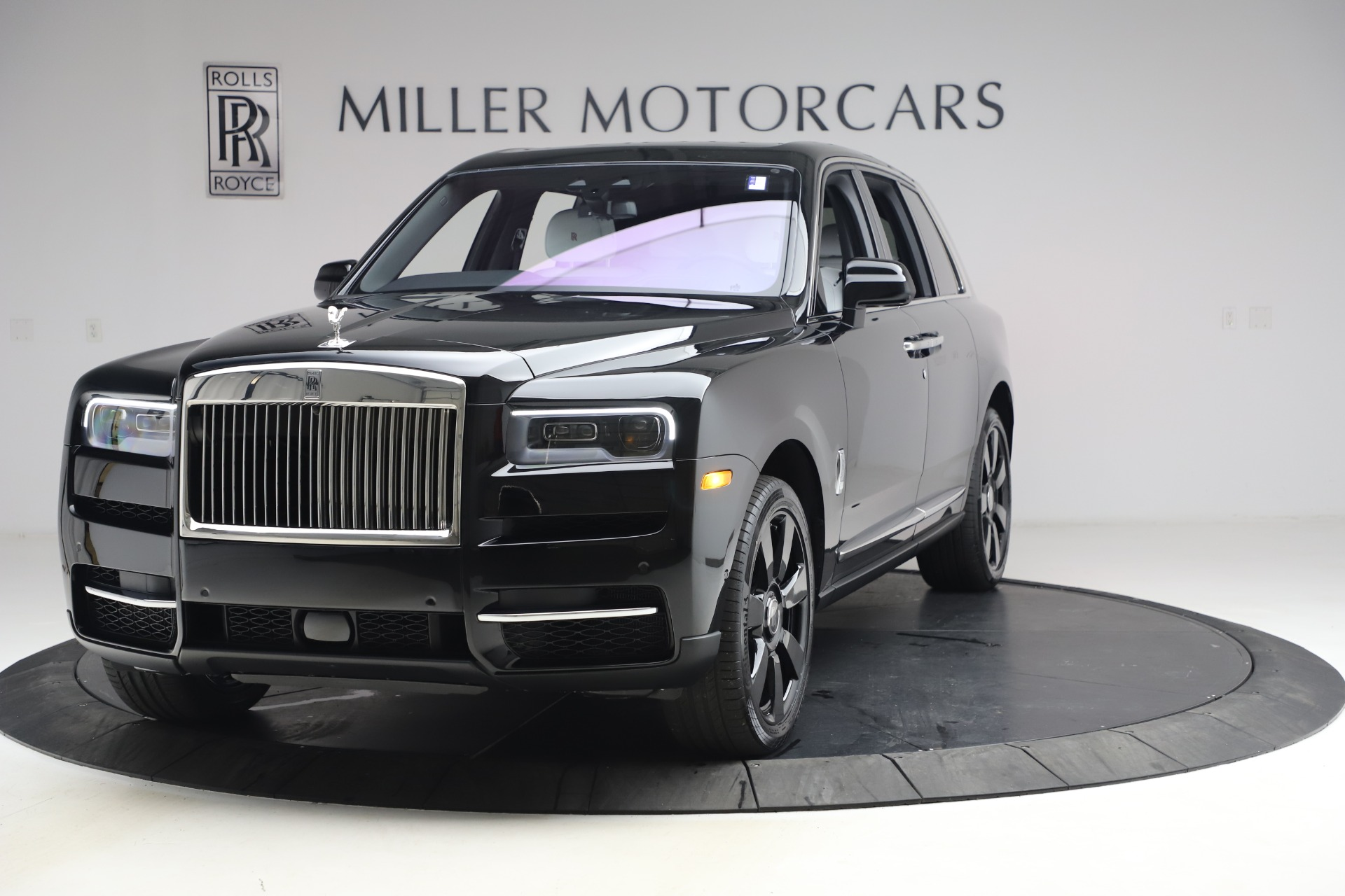 New 2021 Rolls-Royce Cullinan for sale $369,975 at Maserati of Westport in Westport CT 06880 1