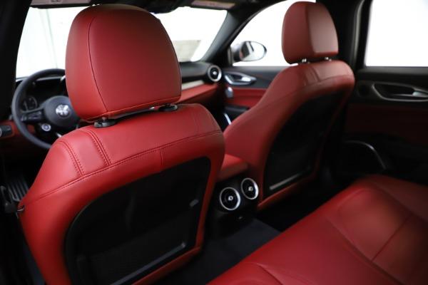 New 2020 Alfa Romeo Giulia Ti Sport Q4 for sale $48,595 at Maserati of Westport in Westport CT 06880 20