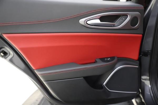 New 2020 Alfa Romeo Giulia Ti Sport Q4 for sale $48,595 at Maserati of Westport in Westport CT 06880 21