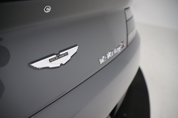 Used 2017 Aston Martin V12 Vantage S for sale $185,900 at Maserati of Westport in Westport CT 06880 24