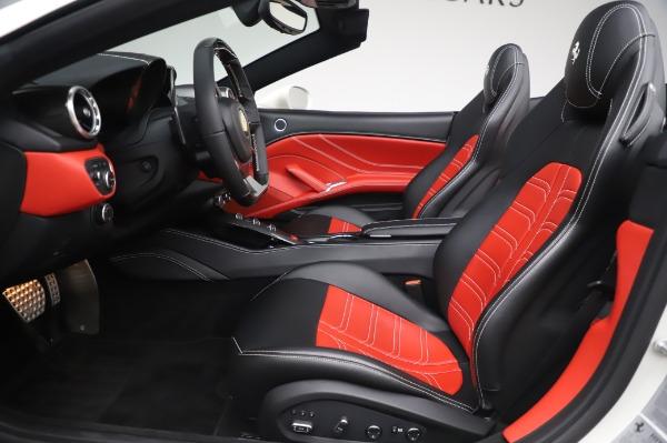 Used 2015 Ferrari California T for sale $159,900 at Maserati of Westport in Westport CT 06880 16