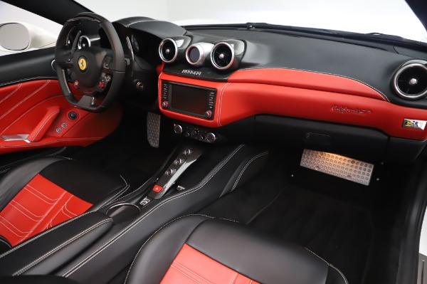 Used 2015 Ferrari California T for sale $159,900 at Maserati of Westport in Westport CT 06880 21