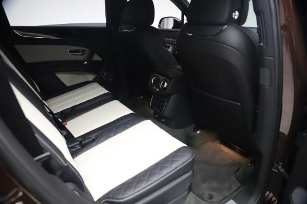 Used 2020 Bentley Bentayga V8 for sale $186,900 at Maserati of Westport in Westport CT 06880 28