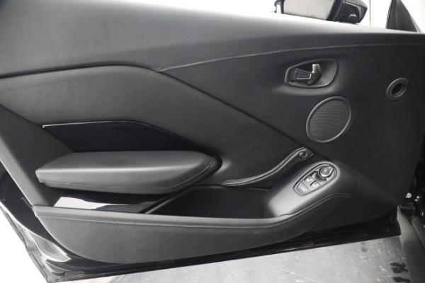 Used 2019 Aston Martin Vantage Coupe for sale $129,900 at Maserati of Westport in Westport CT 06880 16