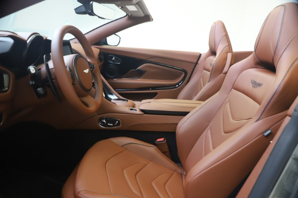 New 2020 Aston Martin DBS Superleggera Volante for sale $375,916 at Maserati of Westport in Westport CT 06880 14