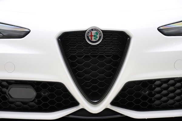 New 2020 Alfa Romeo Giulia Ti Sport Q4 for sale $51,495 at Maserati of Westport in Westport CT 06880 26
