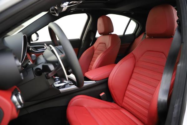 New 2020 Alfa Romeo Giulia Ti Sport Q4 for sale $52,395 at Maserati of Westport in Westport CT 06880 15