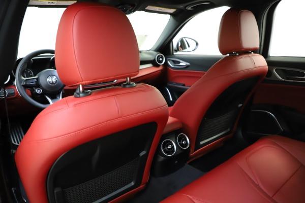 New 2020 Alfa Romeo Giulia Sport Q4 for sale $48,645 at Maserati of Westport in Westport CT 06880 20