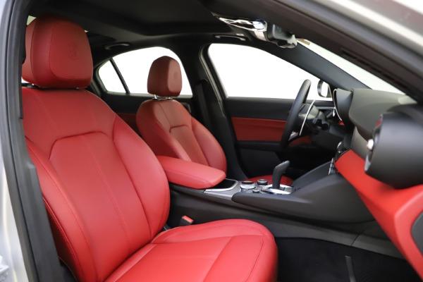 New 2020 Alfa Romeo Giulia Sport Q4 for sale $48,645 at Maserati of Westport in Westport CT 06880 21