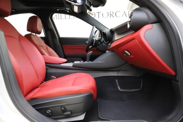 New 2020 Alfa Romeo Giulia Sport Q4 for sale $48,645 at Maserati of Westport in Westport CT 06880 22