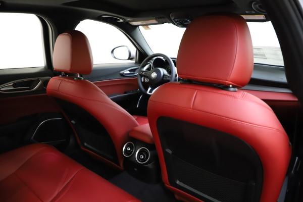 New 2020 Alfa Romeo Giulia Sport Q4 for sale $48,645 at Maserati of Westport in Westport CT 06880 26