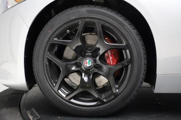New 2020 Alfa Romeo Giulia Sport Q4 for sale $48,645 at Maserati of Westport in Westport CT 06880 28