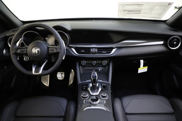 New 2020 Alfa Romeo Stelvio Ti Sport Carbon Q4 for sale Sold at Maserati of Westport in Westport CT 06880 16