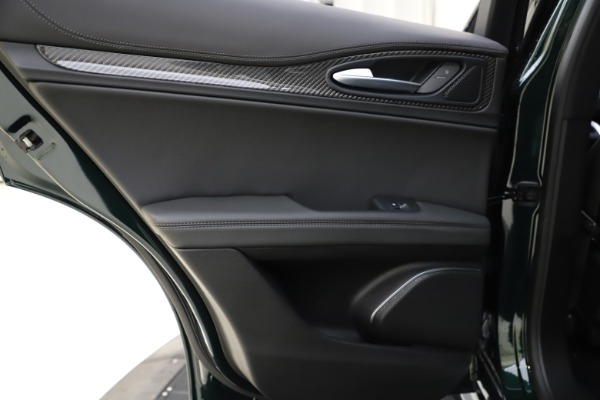 New 2020 Alfa Romeo Stelvio Ti Sport Carbon Q4 for sale Sold at Maserati of Westport in Westport CT 06880 21