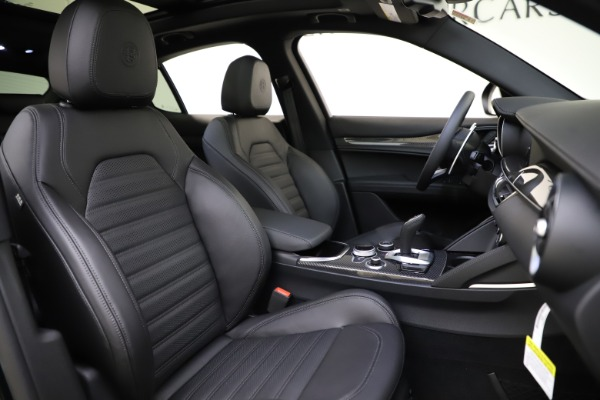 New 2020 Alfa Romeo Stelvio Ti Sport Carbon Q4 for sale Sold at Maserati of Westport in Westport CT 06880 22