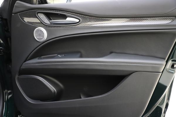 New 2020 Alfa Romeo Stelvio Ti Sport Carbon Q4 for sale Sold at Maserati of Westport in Westport CT 06880 25