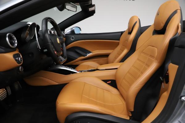 Used 2016 Ferrari California T for sale Sold at Maserati of Westport in Westport CT 06880 17