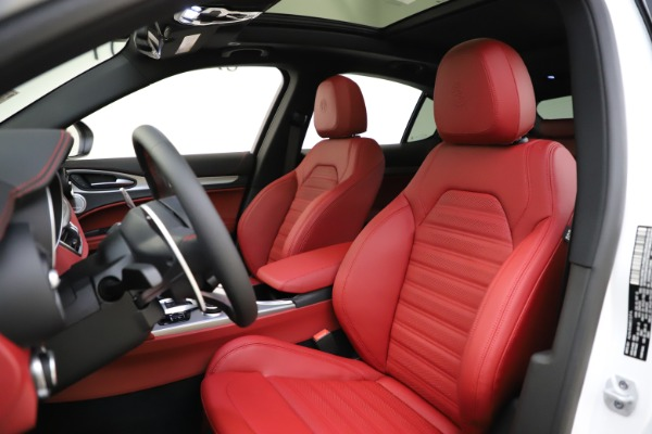 New 2020 Alfa Romeo Stelvio Ti Sport Q4 for sale $57,245 at Maserati of Westport in Westport CT 06880 15