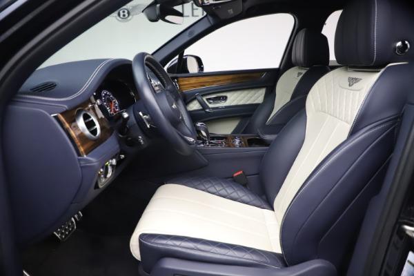 Used 2018 Bentley Bentayga W12 Signature for sale $154,900 at Maserati of Westport in Westport CT 06880 18