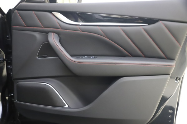 New 2021 Maserati Levante Q4 GranSport for sale $92,485 at Maserati of Westport in Westport CT 06880 19