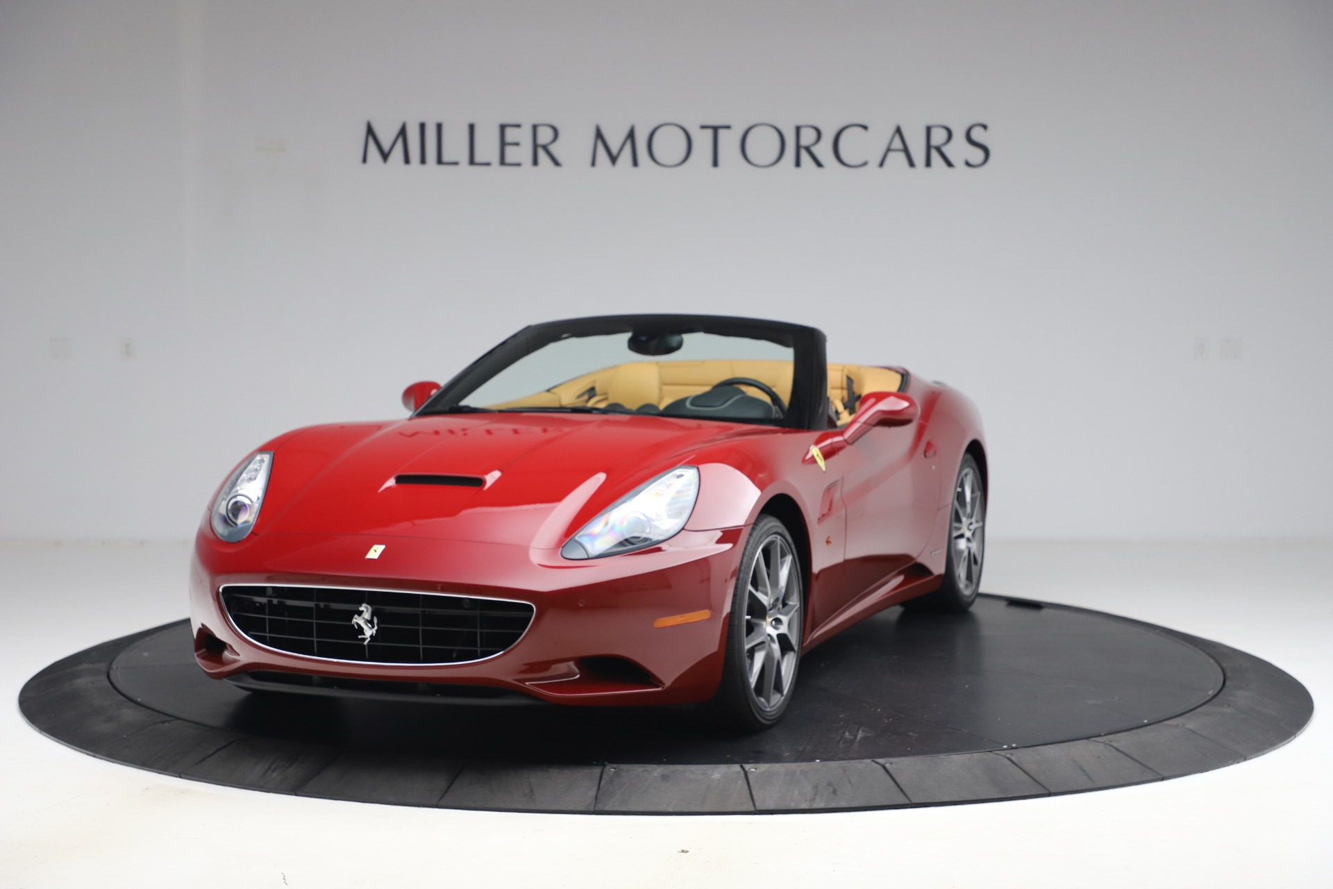 Used 2014 Ferrari California 30 for sale Sold at Maserati of Westport in Westport CT 06880 1