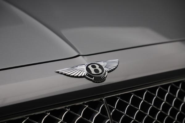 Used 2018 Bentley Bentayga W12 Signature Edition for sale $149,900 at Maserati of Westport in Westport CT 06880 15