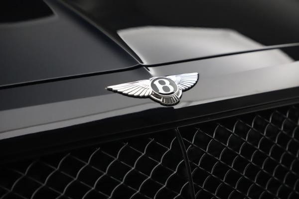 Used 2018 Bentley Bentayga Black Edition for sale $169,900 at Maserati of Westport in Westport CT 06880 14