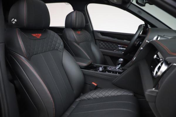 Used 2018 Bentley Bentayga Black Edition for sale $169,900 at Maserati of Westport in Westport CT 06880 26