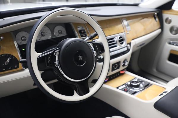 Used 2018 Rolls-Royce Ghost for sale $249,900 at Maserati of Westport in Westport CT 06880 16