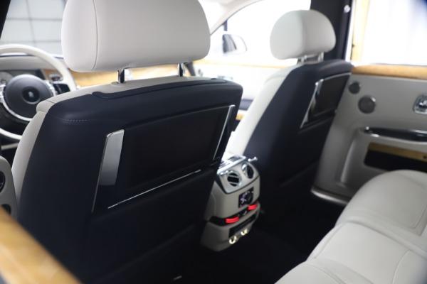 Used 2018 Rolls-Royce Ghost for sale $249,900 at Maserati of Westport in Westport CT 06880 21