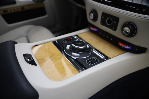 Used 2018 Rolls-Royce Ghost for sale $249,900 at Maserati of Westport in Westport CT 06880 27
