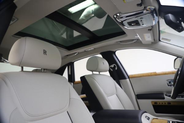 Used 2018 Rolls-Royce Ghost for sale $249,900 at Maserati of Westport in Westport CT 06880 28