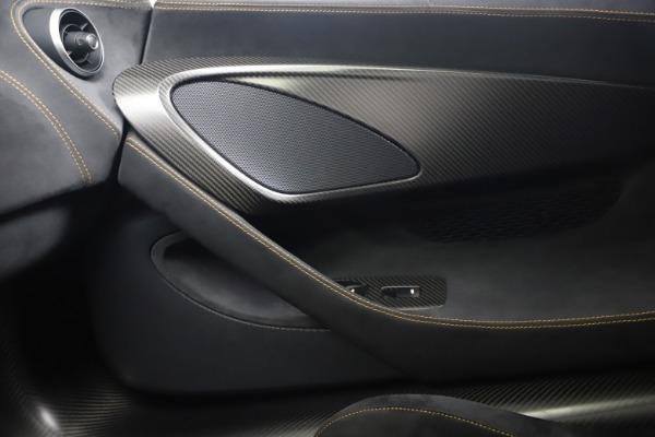 Used 2019 McLaren 600LT Coupe for sale $229,900 at Maserati of Westport in Westport CT 06880 25