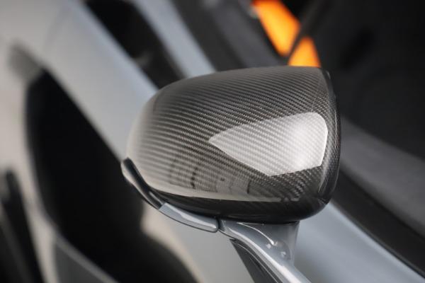 Used 2019 McLaren 600LT Coupe for sale $229,900 at Maserati of Westport in Westport CT 06880 27