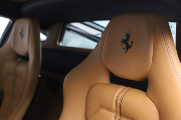 Used 2012 Ferrari 458 Italia for sale Sold at Maserati of Westport in Westport CT 06880 21