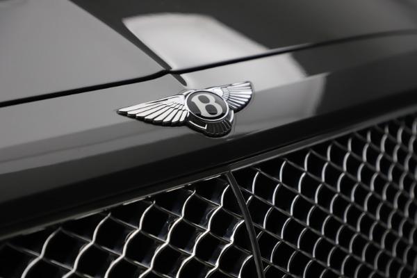 Used 2018 Bentley Bentayga W12 for sale $156,900 at Maserati of Westport in Westport CT 06880 16