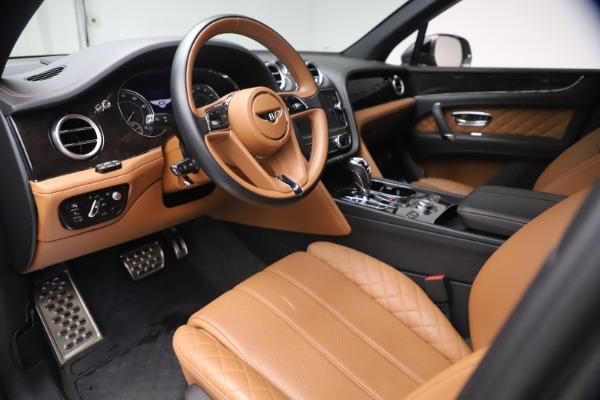 Used 2018 Bentley Bentayga W12 for sale $156,900 at Maserati of Westport in Westport CT 06880 19
