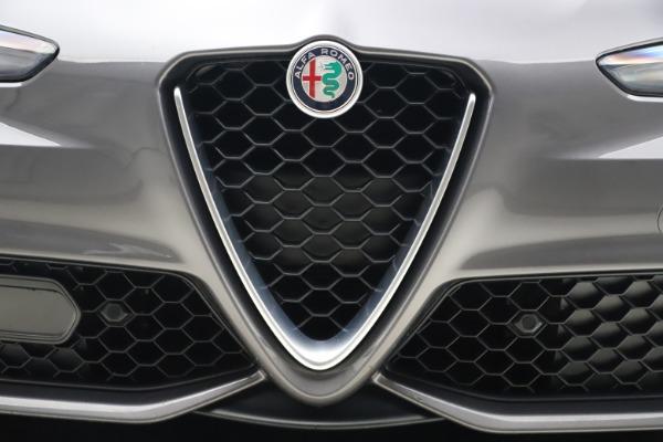 Used 2017 Alfa Romeo Giulia Ti Sport for sale $25,900 at Maserati of Westport in Westport CT 06880 14