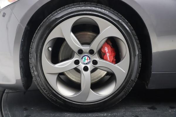 Used 2017 Alfa Romeo Giulia Ti Sport for sale $25,900 at Maserati of Westport in Westport CT 06880 15