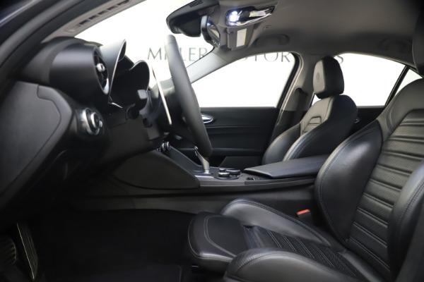 Used 2017 Alfa Romeo Giulia Ti Sport for sale $25,900 at Maserati of Westport in Westport CT 06880 17